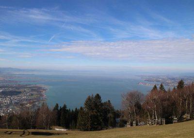 Pfänder-Blick-auf-Bodensee-bei-Bregenz